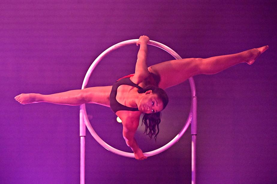 L'acrobate Sarah-Louis Jean, de la troupe de cirque Kalabanté, qui propose un nouveau spectacle intitulé Cabaret Yam!.