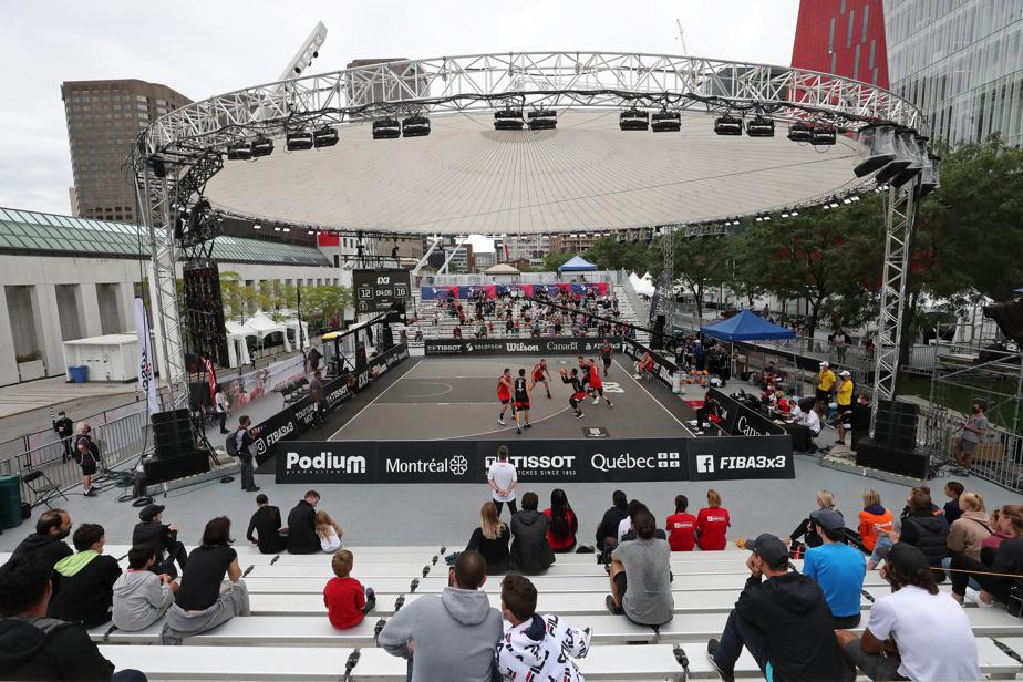 Un stade extérieur temporaire avait été érigé en plein air, au Quartier des spectacles, et offrait une vitrine à ce sport qui gagne en popularité.