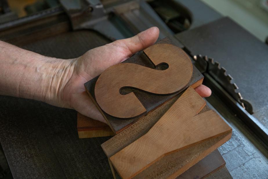 Des lettres en bois peuvent aussi être utilisées.