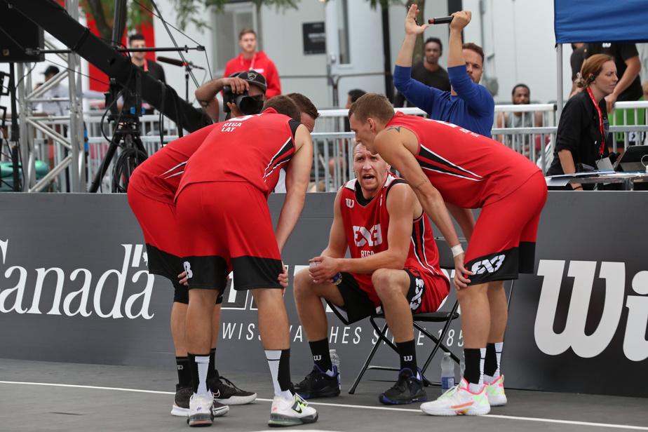 Les champions olympiques en titre, le club Riga, de la Lettonie, ont terminé le tournoi des maîtres au cinquième rang. L'équipe Ub, de la Serbie, a été sacrée championne dimanche grâce à une victoire de 21-15 contre Amsterdam.