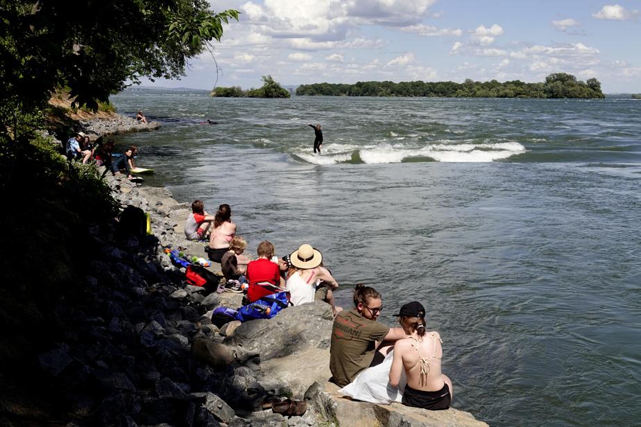 Non loin de là, la «vague à Guy», à LaSalle, est un endroit très prisé des surfeurs montréalais.