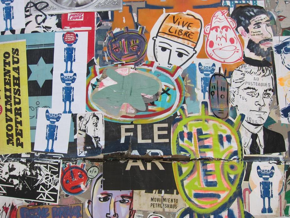 Œuvre murale faite de papiers collés dans le quartier de Palermo, BuenosAires