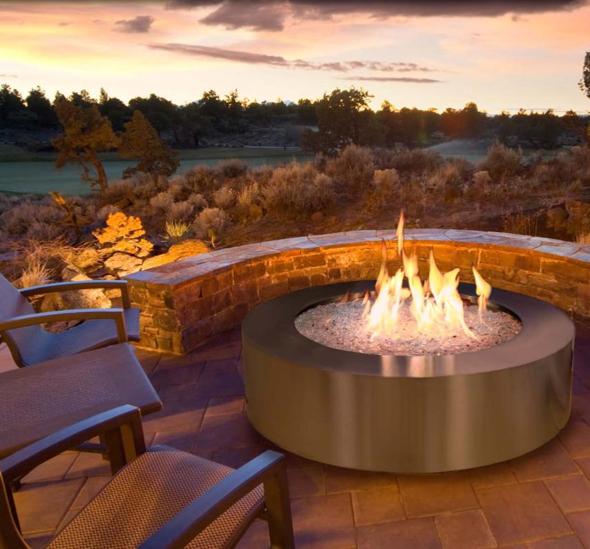 Brûleur au gaz naturel Bonfire de Woodbridge en acier inoxydable, avec boîtier en acier inoxydable en option, chez Foyer universel