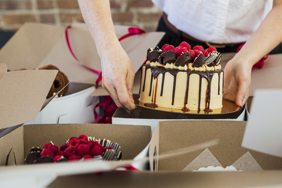 Ce gâteau dégoulinant de caramel salé était au menu d'un récent «Cake Friday».