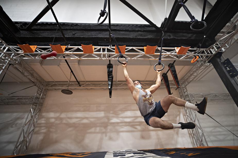 Le champion de CrossFit Karim El Hlimi à l'entraînement au Maestrem Ninja Gym