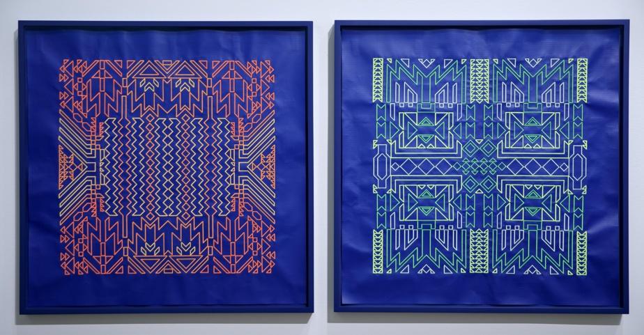 Deux œuvres de Caroline Monnet créées avec des morceaux de bâches de chantier