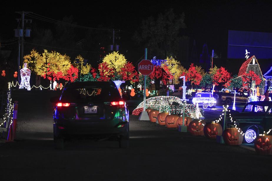 C'est dans le confort de leur automobile que les visiteurs découvriront Illumi cette année.