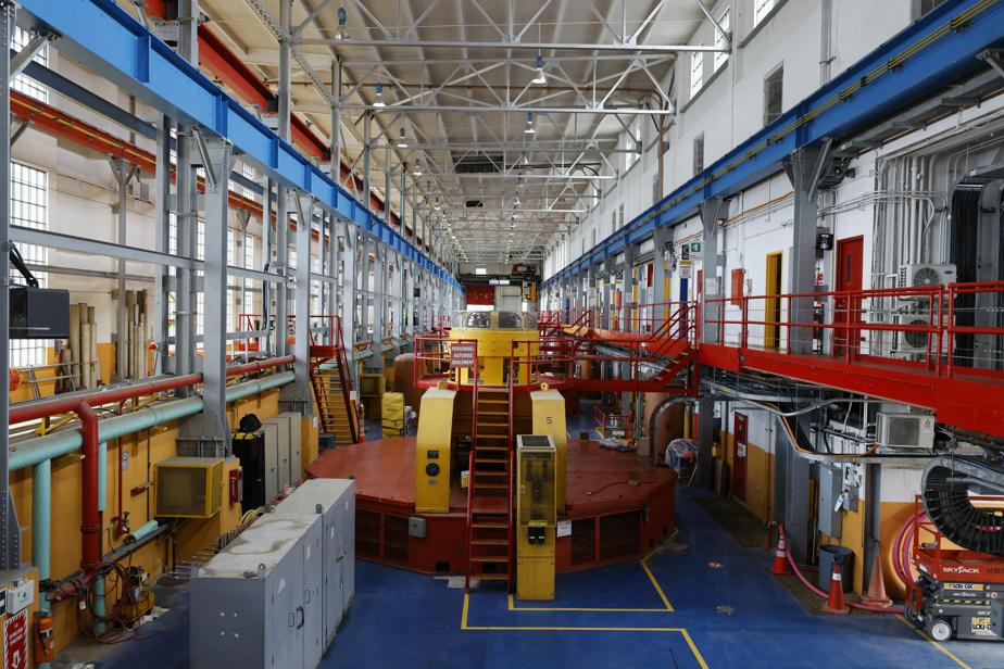 La centrale Rivière-des-Prairies est la plus colorée de toutes les centrales d'Hydro-Québec.
