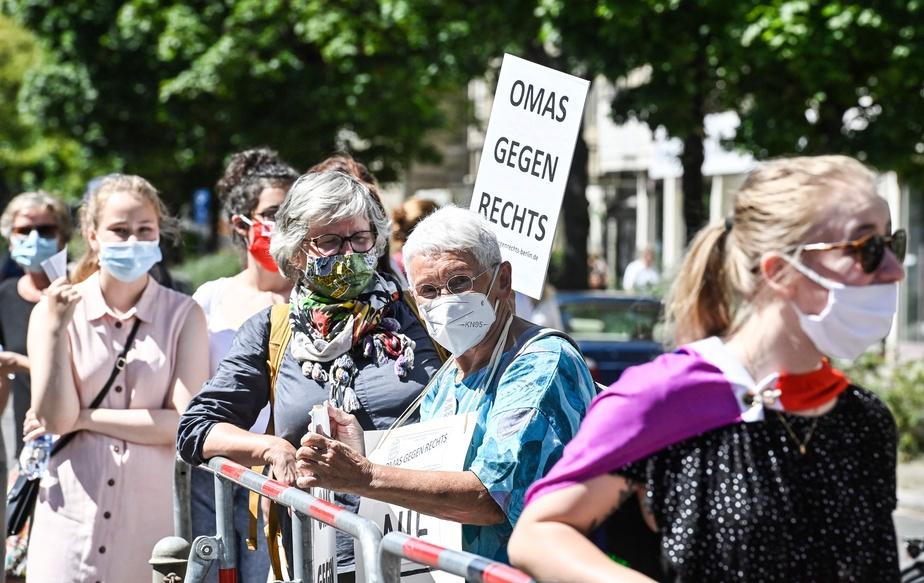 17.000 personnes défilent sans masque à Berlin contre les mesures sanitaires — Allemagne