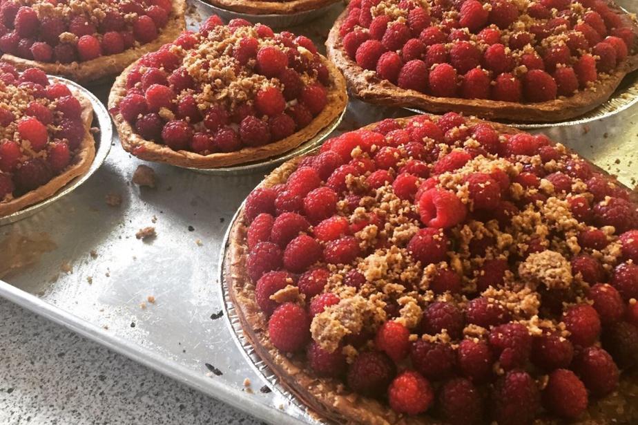 Galettes feuilletées amandes, érable et framboises. «Un dessert simple, qui ramène aux souvenirs de l'enfance», dit la pâtissière Gabrielle Rivard-Hiller.