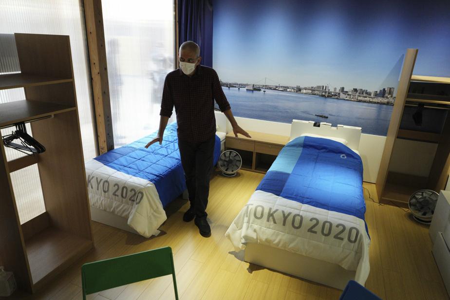Les lits en carton du Village olympique ont causé la surprise à Tokyo.