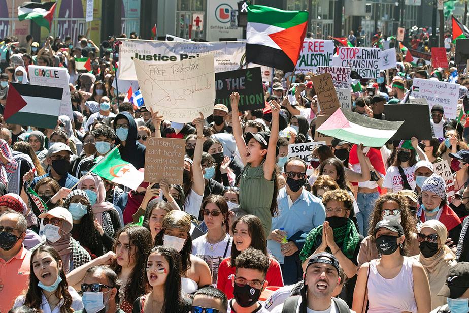 Une foule monstre s'est réunie le samedi 15mai à Montréal, devant le consulat général d'Israël, dans la foulée des affrontements qui ont eu lieu au Proche-Orient entre l'armée israélienne et les islamistes du Hamas. Un cessez-le-feu est entré en vigueur vendredi matin.