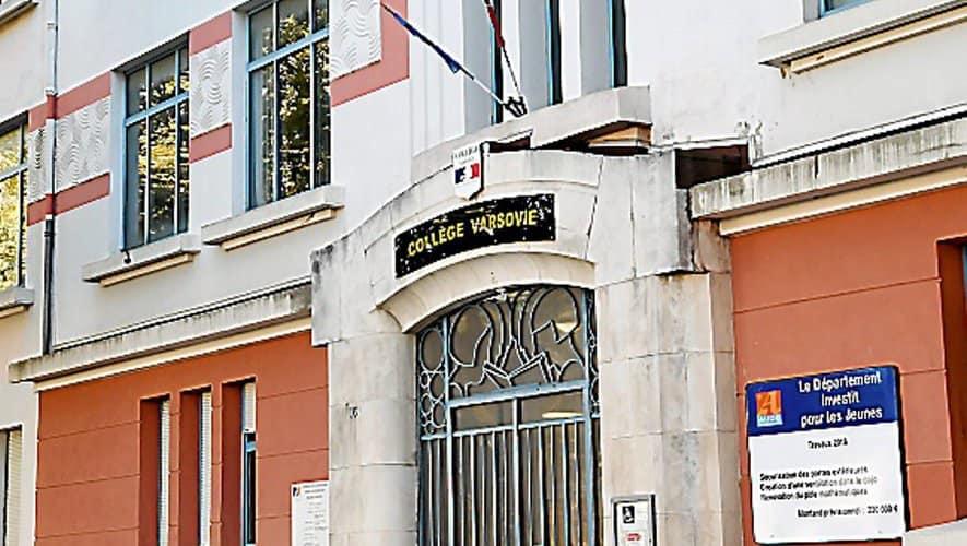 Collège Varsovie de Carcassonne, en France, en photo…