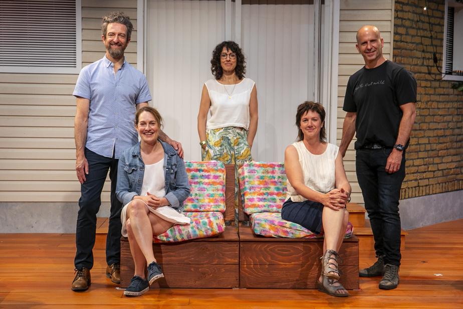 Les cinq interprètes de Nous nous sommes tant aimés. De gauche à droite: Luc Bourgeois, Louise Cardinal, Marie-Hélène Thibault, Mélanie St-Laurent et Sébastien Gauthier.