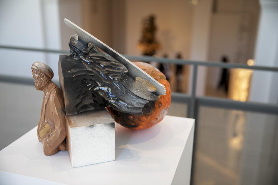 Révolution, 2015, bois et peinture. Collection MNBAQ.