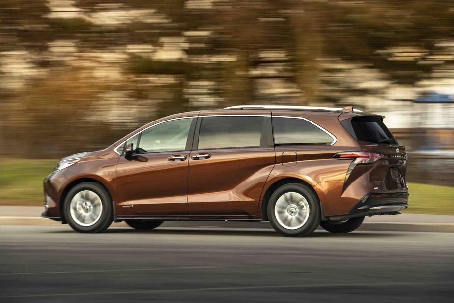 Équilibrée, facile à prendre en main, cette Toyota se laisse aisément conduire et offre un «agrément de conduite» qui n'a rien à envier aux VUS actuellement sur le marché.