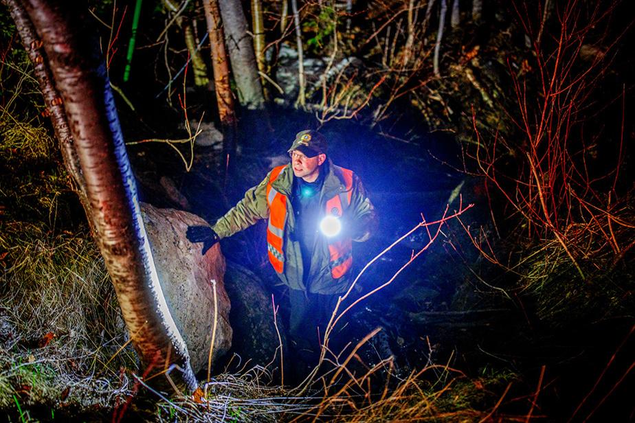 8mai2020. Recherches pour retrouver une fillette de 9ans disparue en forêt, à Notre-Dame-de-la-Merci. L'enfant a été retrouvée saine et sauve dans la nuit.