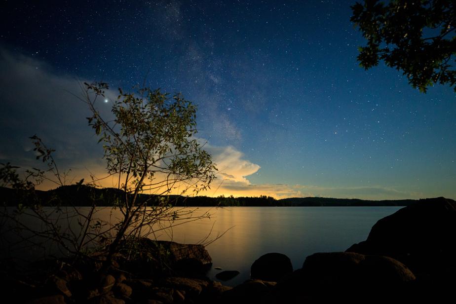 Une fin de soirée orageuse et la Voie lactée sur une même image, que demander de plus?