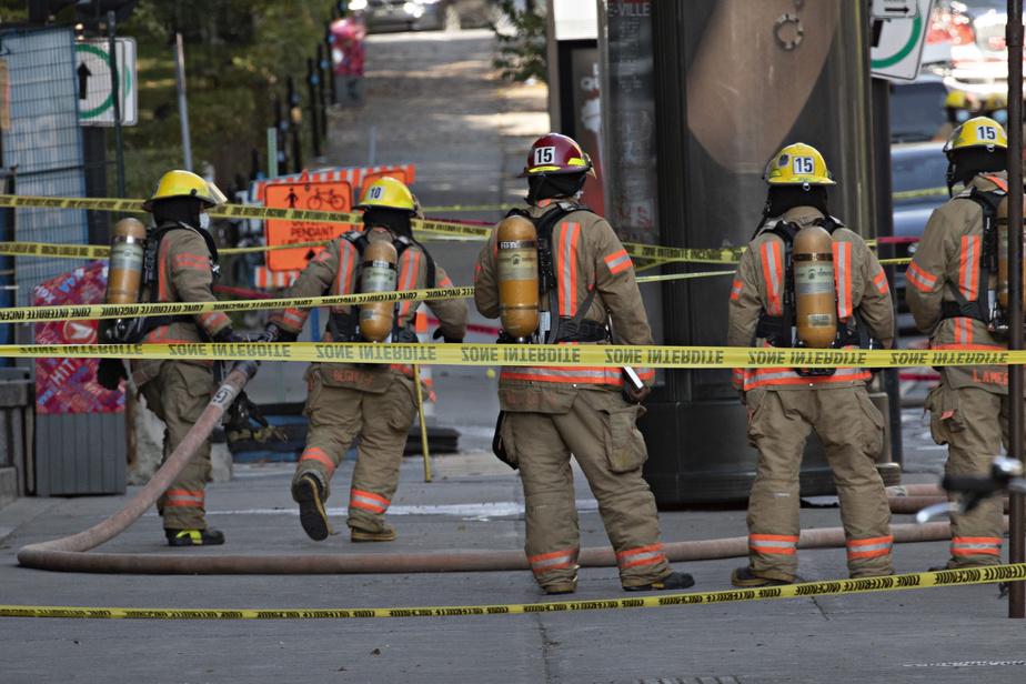 La fuite est survenue à l'angle du boulevard De Maisonneuve et de l'avenue Atwater.