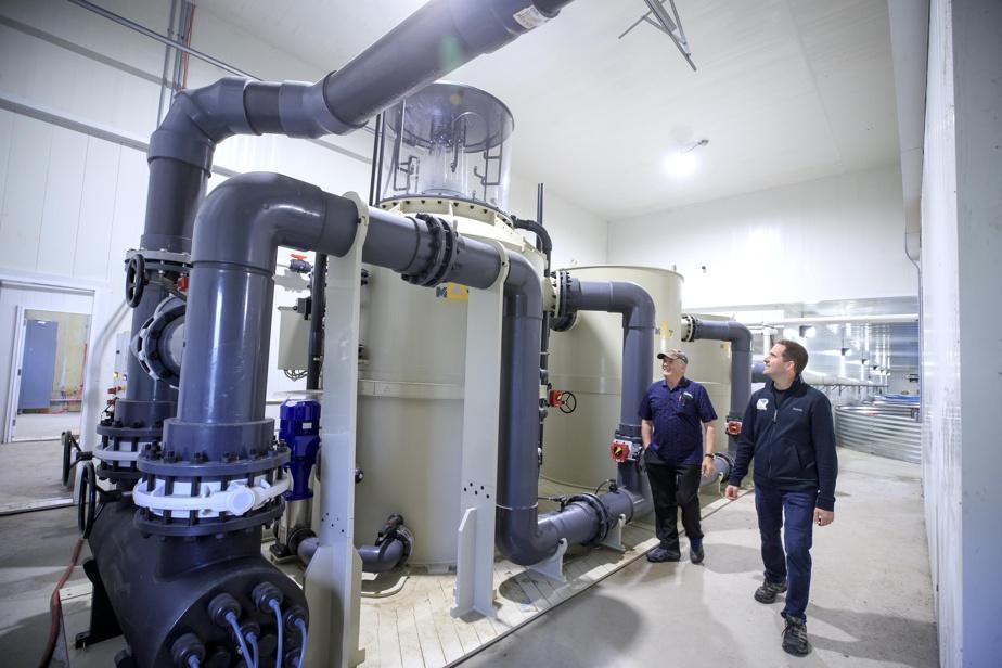 La nouvelle usine de biofiltration qui permet de récupérer à température stable l'eau des bassins d'engraissement.