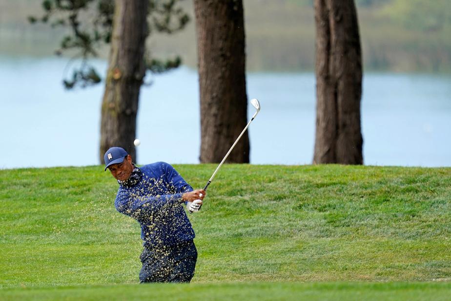 À la recherche d'un cinquième titre au Championnat de la PGA, Tiger Woods n'est pas bien loin du groupe de tête (- 2). Le golfeur de 43 ans n'a pris part qu'à un seul tournoi au cours des six derniers mois.