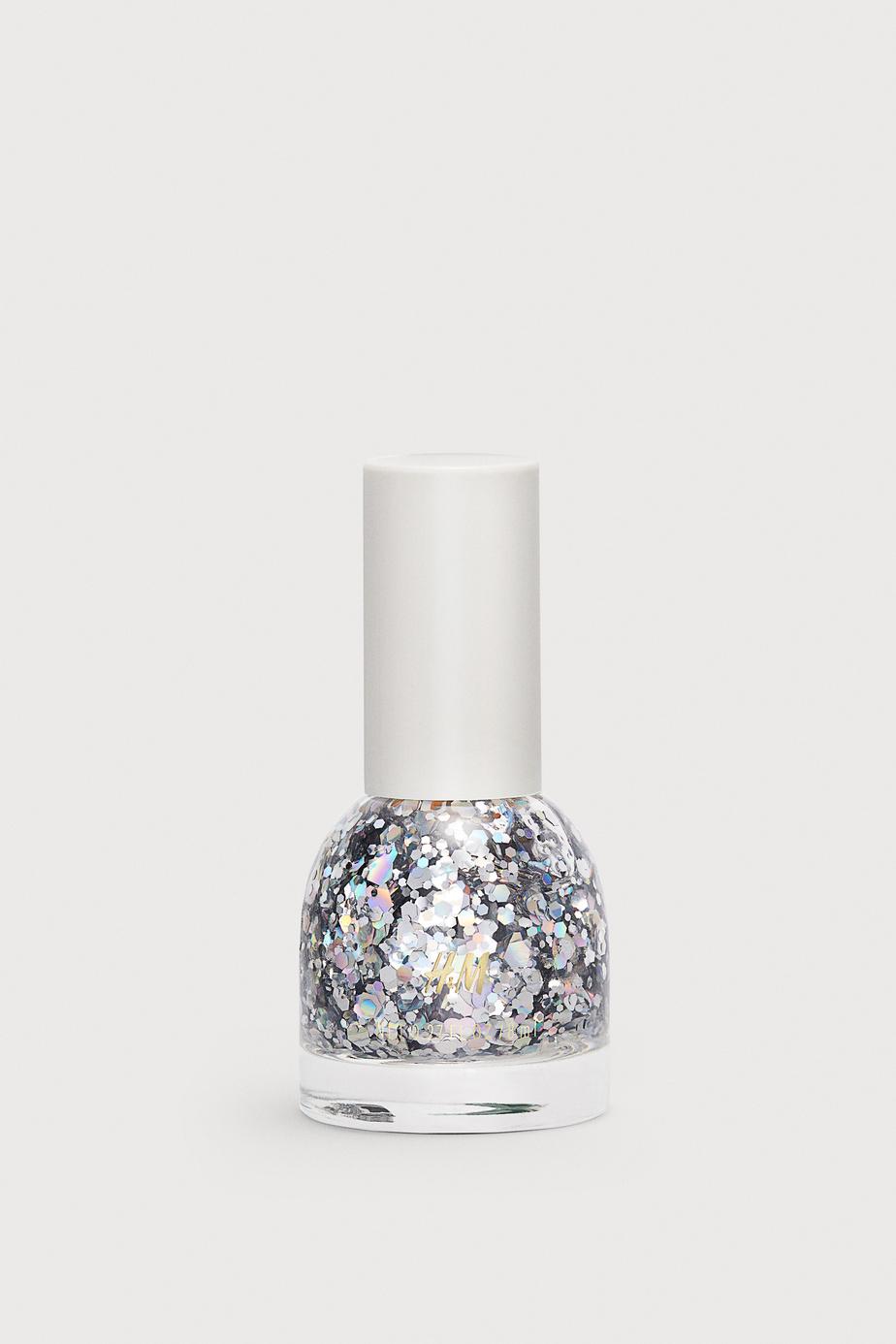 Vernis à ongles à paillettes argentées, H&M, 5,99$