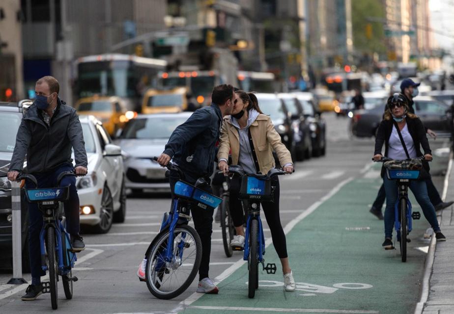 Après les piétons, les cyclistes sont rois dans la ville.