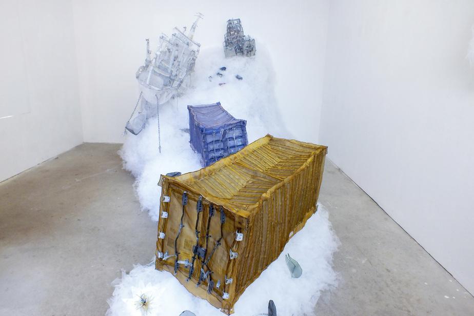 «J'aime créer des sculptures monumentales, immersives», dit la sculptrice, qui aime que les observateurs puissent circuler autour de ses installations, voire à l'intérieur d'elles.