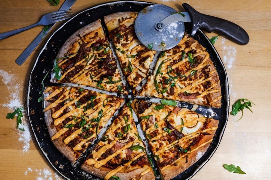 La pizza est un héritage de l'ancien restaurant Aux 2frères