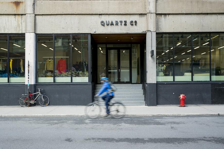 La marque Quartz Co. a été fondée en 1997 et est dirigée depuis quelques années par trois frères, Jean-Philippe, François-Xavier et Guillaume Robert.
