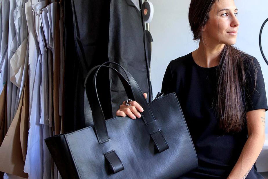 Elisa C-Rossow ajoute à sa gamme de vêtements une collection d'accessoires haut de gamme en cuir de pomme.