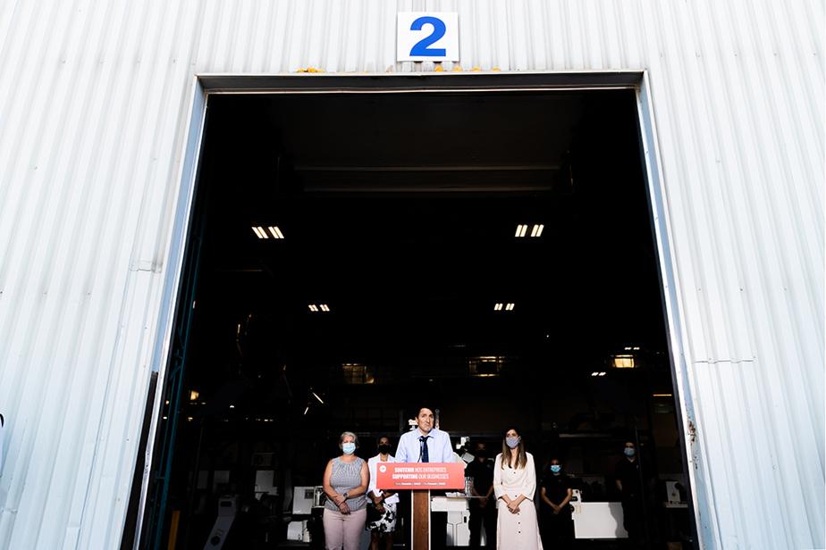Justin Trudeau, premier ministre sortant et chef du Parti libéral du Canada, lors d'un point de presse tenu à Longueuil le 16août