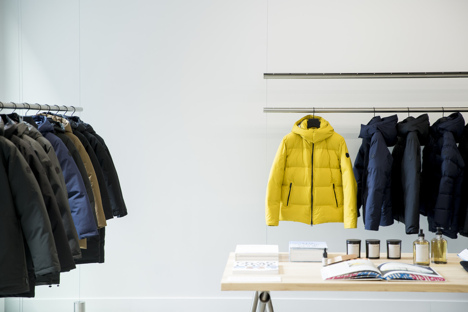 L'entreprise se spécialise dans la confection de manteaux d'hiver de qualité, pour hommes et femmes.