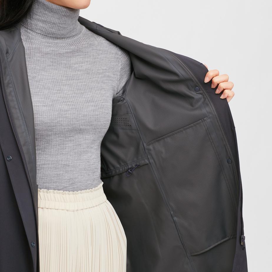 Pour les vêtements d'extérieur, Blocktech offre une protection contre la pluie et le vent, de la respirabilité et du confort grâce à une matière légèrement extensible.