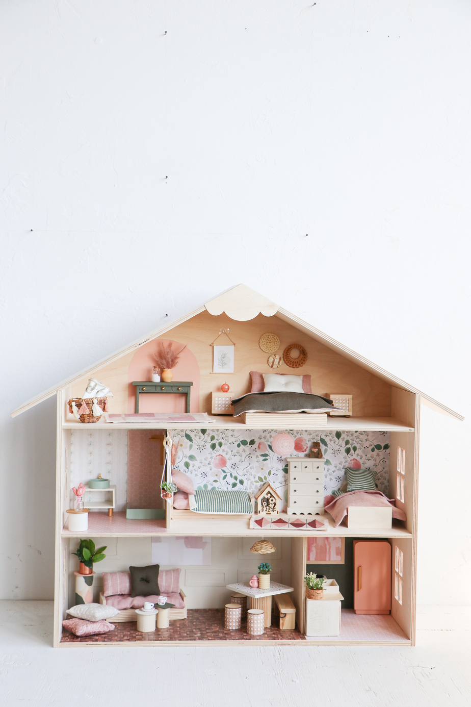 Dans la catégorie Enfants, c'est la maison de poupée La printanière du Mini atelier qui a été le coup de cœur dupublic.
