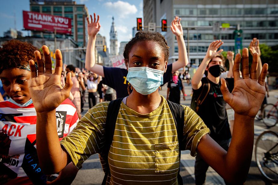 3juin2020. Manifestation dans les rues de Philadelphie portée par le mouvement Black Lives Matter, à la suite de la mort de George Floyd le mois précédent.