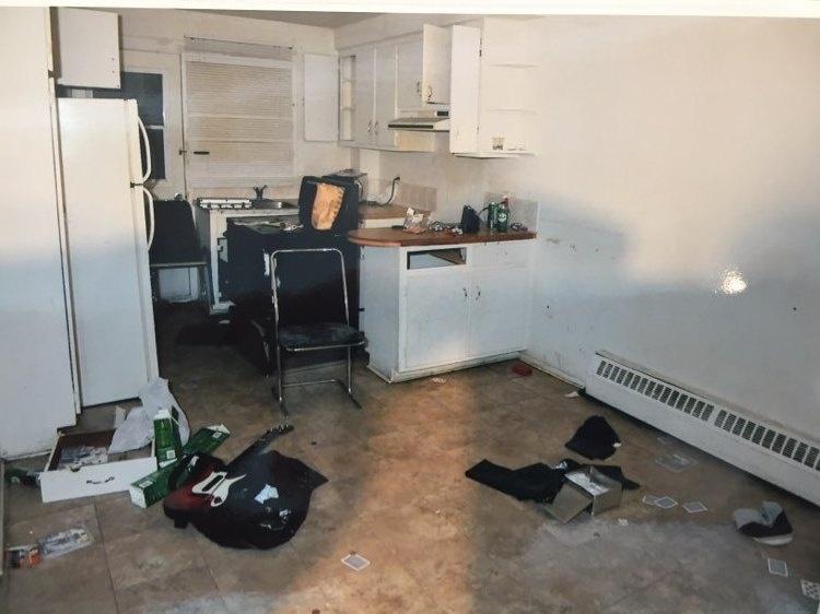 La cuisine de l'appartement no.3 du 6330 Arthur-Chevrier perquisitionné par les policiers, le 31mars2016