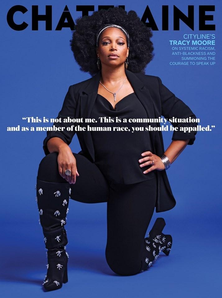 Le magazine Châtelaine consacre sa couverture à la journaliste et animatrice Tracy Moore, qui aborde le racisme systémique.
