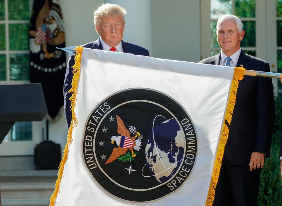 Trump veut partir à la conquête de l'espace