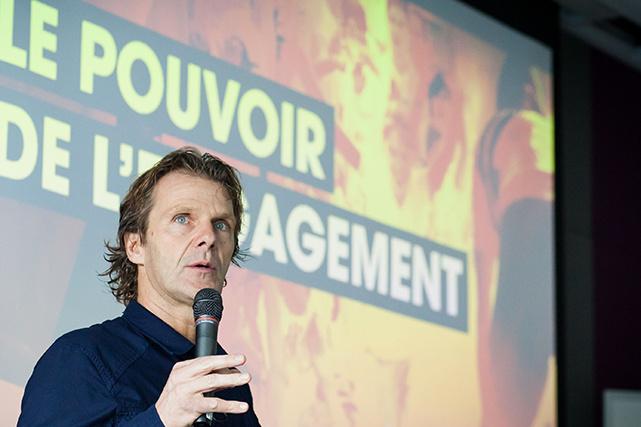 Pierre Lavoie est l'un des intervenants de renom de l'Institut de leadership.