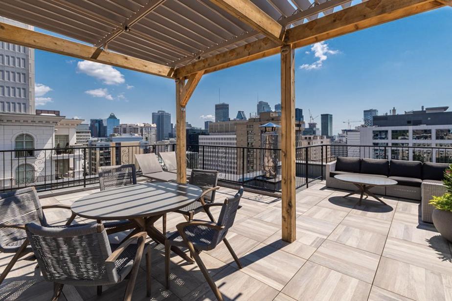 En 2018, le Linton s'est doté d'une terrasse installée sur le toit.