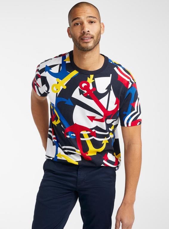 Le t-shirt géométrie nautique, 50$, offertchezSimons