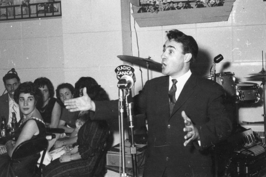 Durant la Révolution tranquille, Joan Roig chante dans des cabarets de Montréal sous le pseudonyme de Jean Gener. Il est aussi machiniste au Théâtre du Rideau Vert, fondé par sa compatriote Mercedes Palomino.