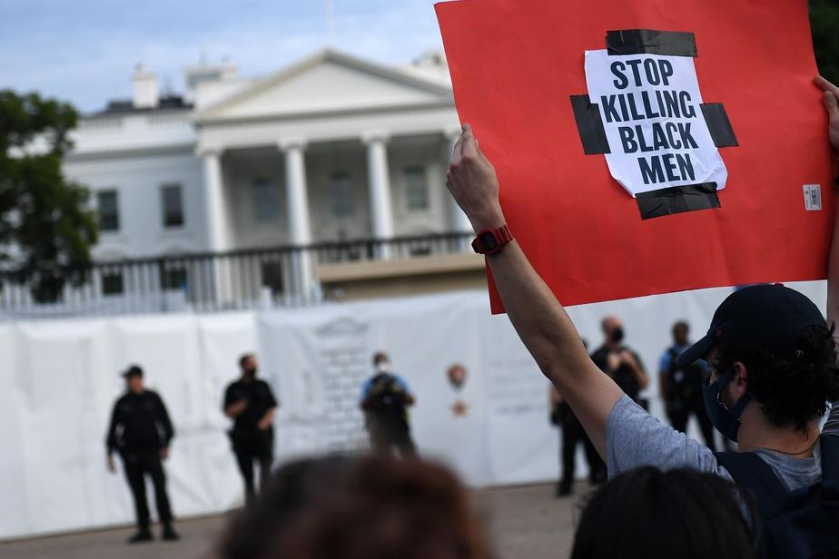 Mort de George Floyd: manif devant la Maison-Blanche, CNN pris pour cible)