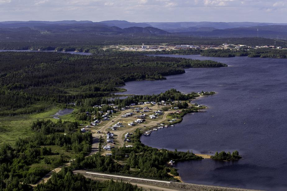 L'Association du camping marina Outardes2 propose de se baigner directement dans le bassin de la centrale, à Chutes-aux-Outardes, sur la Côte-Nord.