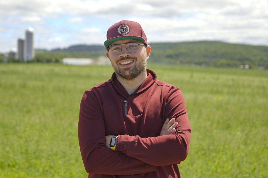 Alex, 30ans, de Saint-Elzéar, est le premier concurrent gai de L'amour est dans le pré.