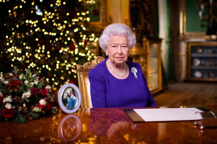 Vous n'êtes pas seuls, assure Elizabeth II aux Britanniques