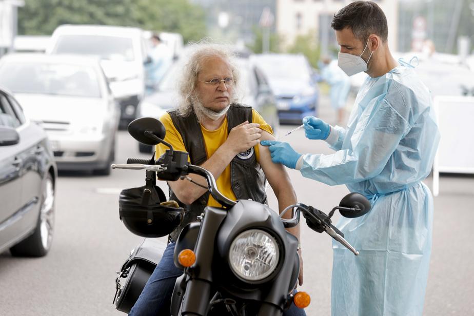 Vaccins ARN anti-COVID | L'Allemagne recommande la troisième dose aux personnes âgées