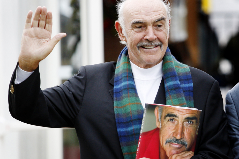 Sean Connery (31octobre, 90ans) Acteur écossais, Sean Connery sera pour toujours associé à la franchise des films James Bond, dont il fut le plus grand interprète aux yeux de tous. Entre 1962 et 1983, il a joué sept fois le rôle du célèbre espion anglais, y compris dans le film non officiel Never Say Never Again. Il a aussi joué dans des dizaines d'autres films, dont The Name of the Rose et The Untouchables, pour lequel il a remporté l'Oscar du meilleur rôle de soutien. Bien qu'il ait milité pour l'indépendance de l'Écosse, il a été anobli par la reine ÉlisabethII en2000.