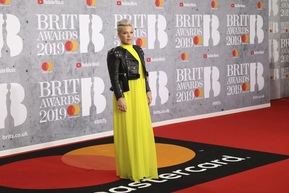 Coronavirus: la chanteuse Pink dénonce le manque de dépistage aux Etats-Unis